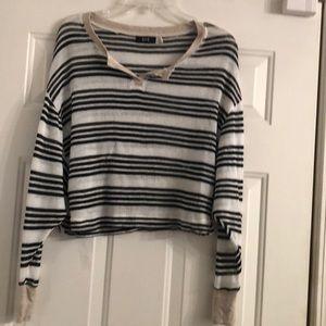 BDG  Half Sweater